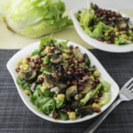 Juicy field salad with chick peas, mushrooms and pomegranate